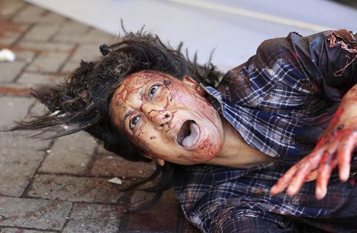 410837-injured-woman-at-westgate-nairobi[1]