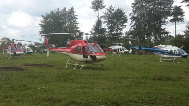 Ruto's entourage landed at Sotik with seven choppers